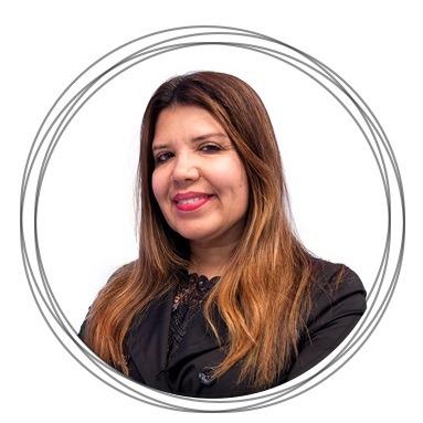 Cláudia Barros
